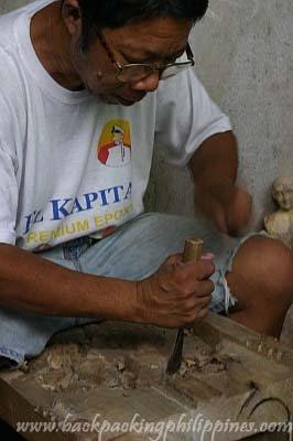 wood carvings paete laguna