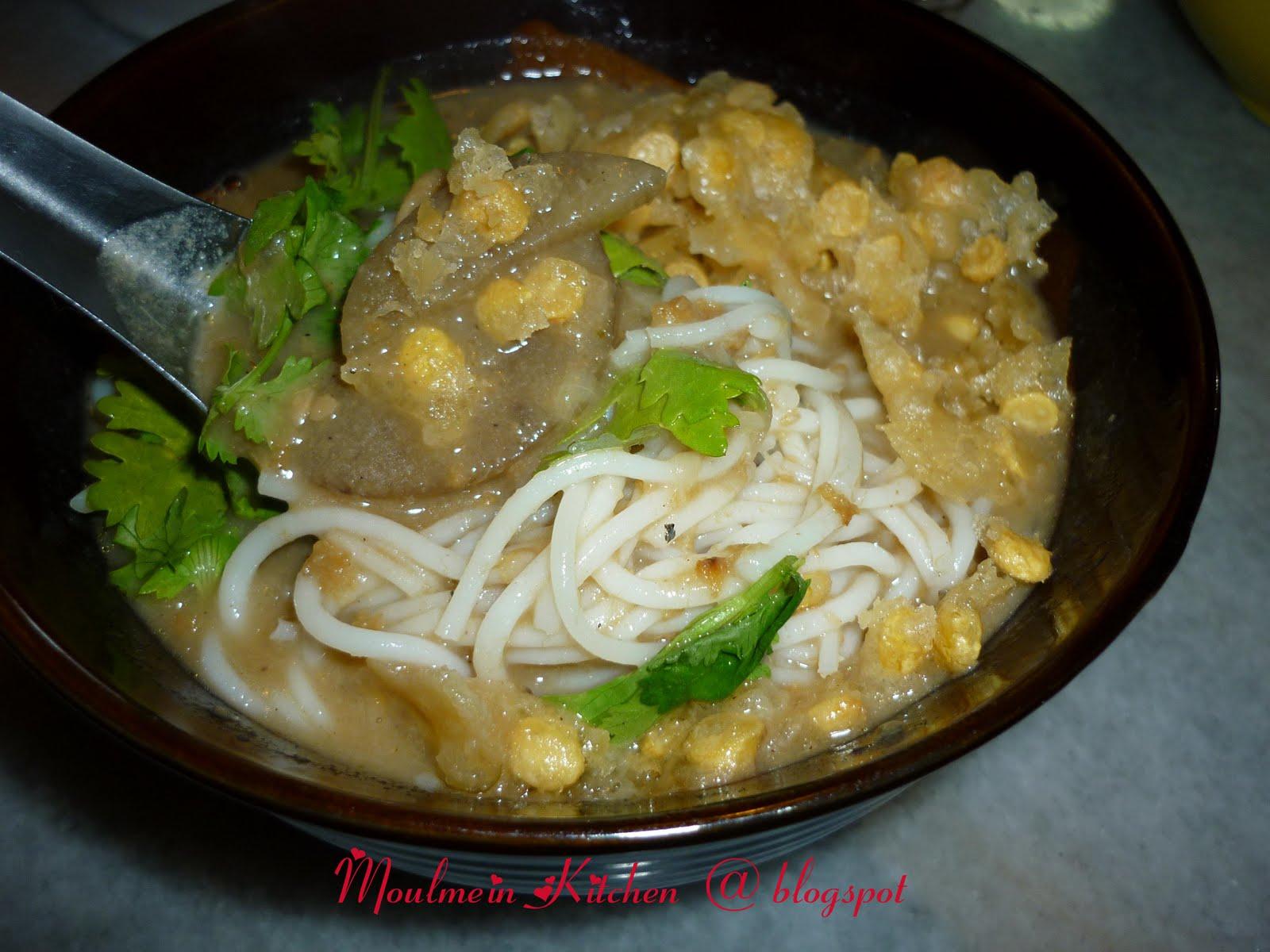 Moulmein Kitchen: Burmese classic breakfast - Moh hin gha
