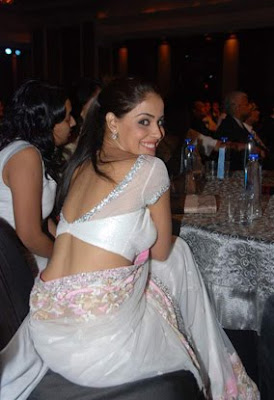 Genelia d'souza at CNBC Awaaz Consumer Awards