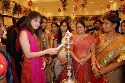 Sneha Ullal at South India Shopping Mall