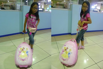 My Kids with Luggage Bag