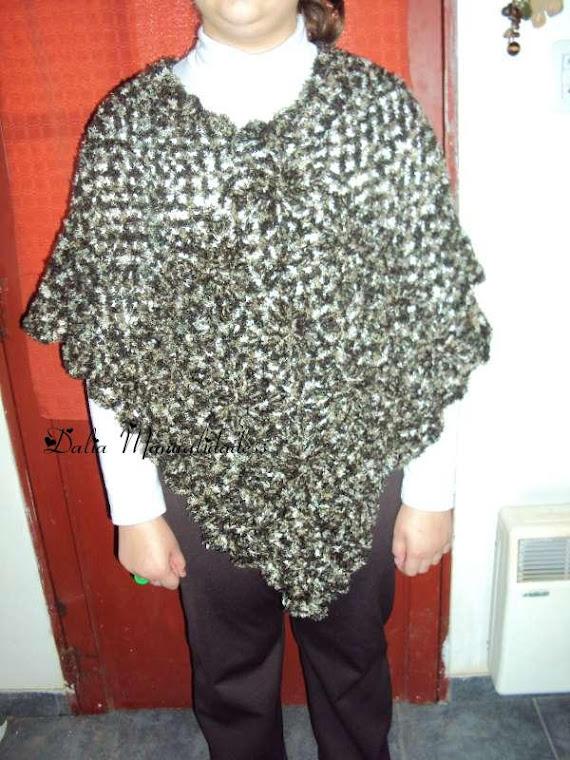 poncho lana peluche matizada en tonos marron