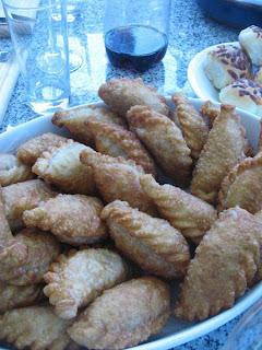 http://3.bp.blogspot.com/_w9ePMj_ob0o/TLyADN4roJI/AAAAAAAAACc/2auiA0OlxmQ/s320/empanadas.jpg