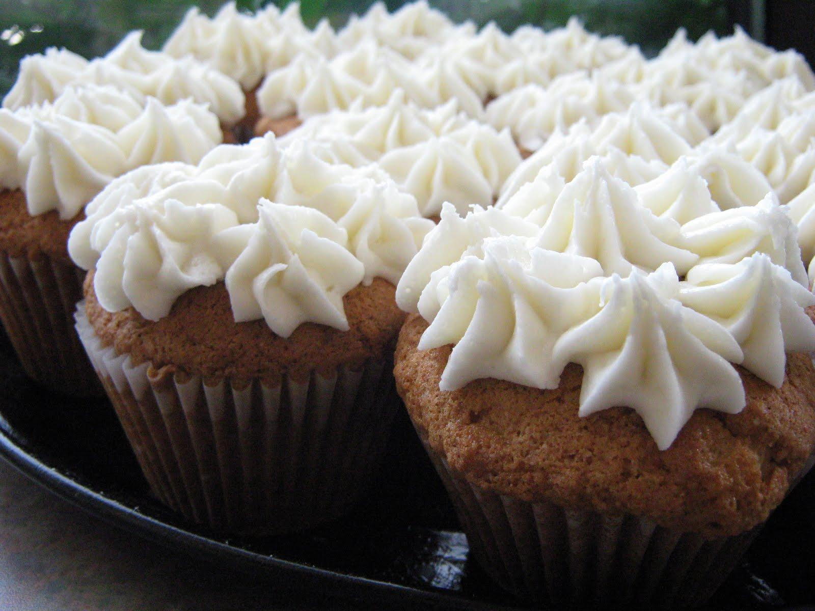 les douceurs de genny cupcakes la cardamome gla age vanille. Black Bedroom Furniture Sets. Home Design Ideas