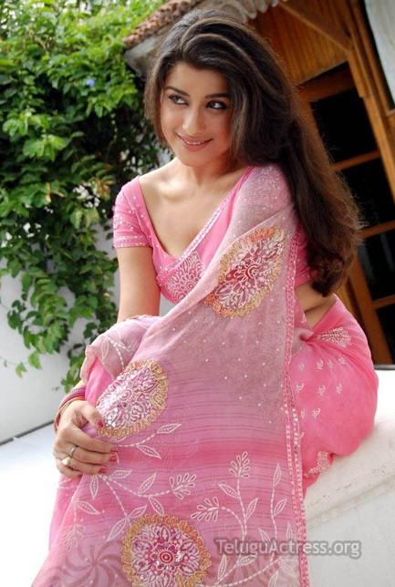 actress madhurima hot photos