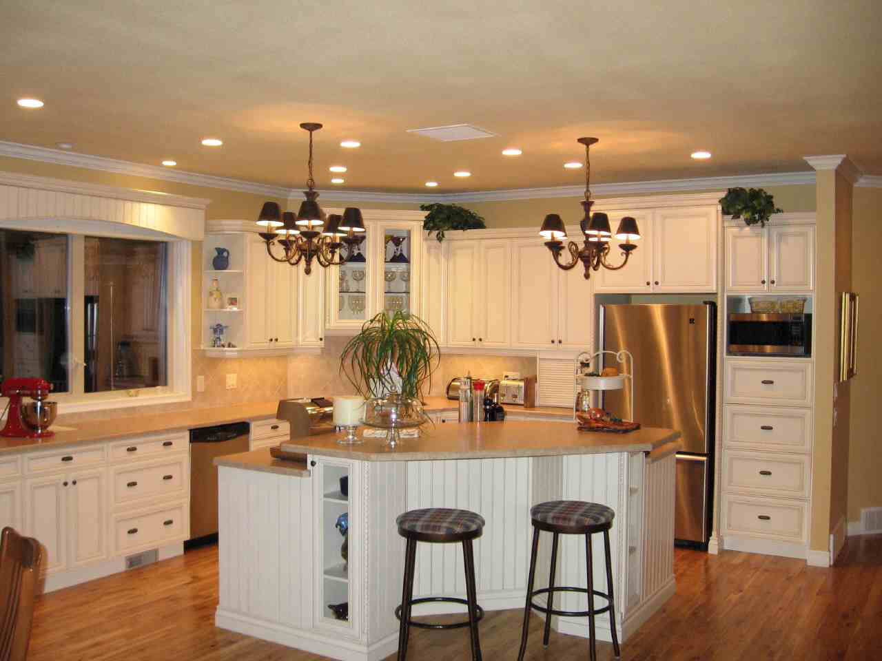Kitchen room small kitchen designs for Kitchen design and layout ideas