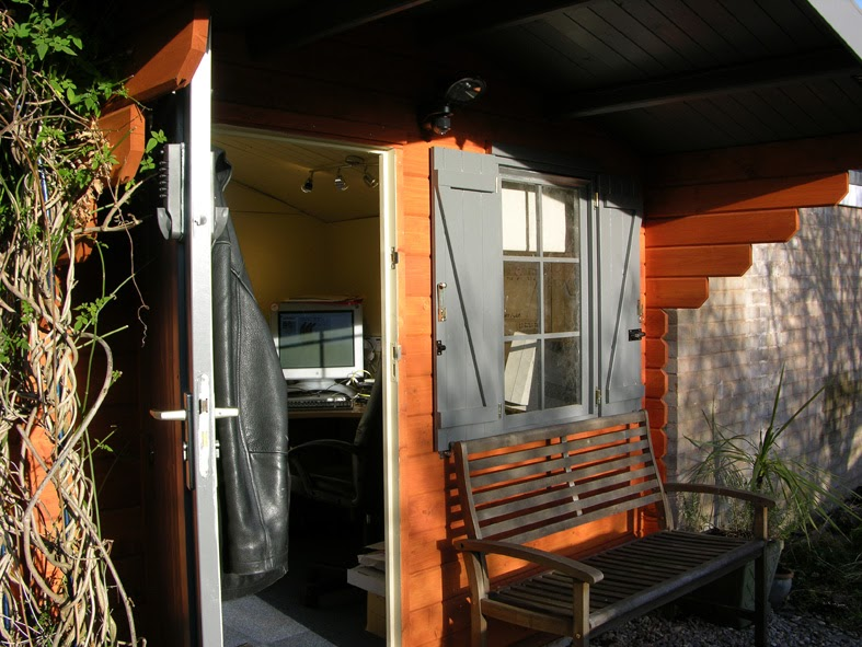 Shedworking how to build your own garden office for Build your own garden office