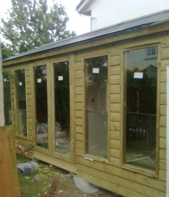 Shedworking reptile house garden office for Oeco garden office