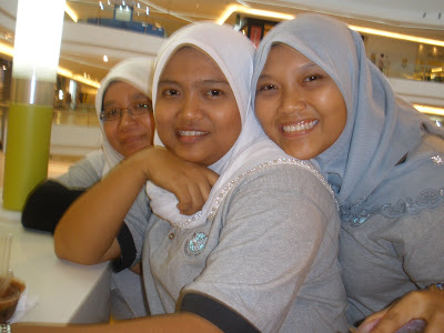 @ tropicana city mall-kak shima, nissa and hani-