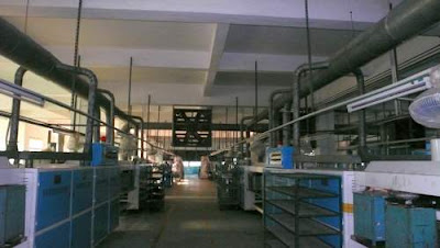Image of a factory with no workers.