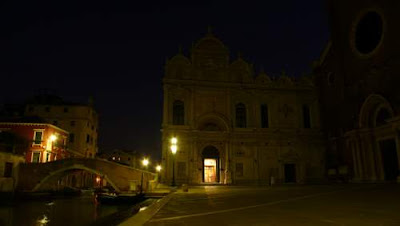 Image of a the hospital entrance, just before dawn in Campo San Giovanni e Paolo, Venice, Italy. © Sepiru Chris, 2009.