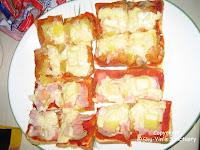 2 Tuna Pizzas & 2 Pork Ham Pizzas