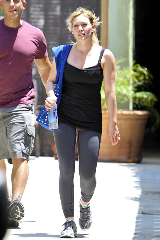 HOLLYWOOD ENTERTAINMENT NETWORK: June 2010 Hilary Duff Weight