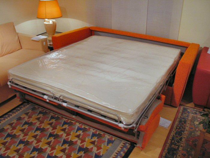 Arredamenti diotti a f il blog su mobili ed arredamento d 39 interni settembre 2010 - Divani letto matrimoniale economici ...