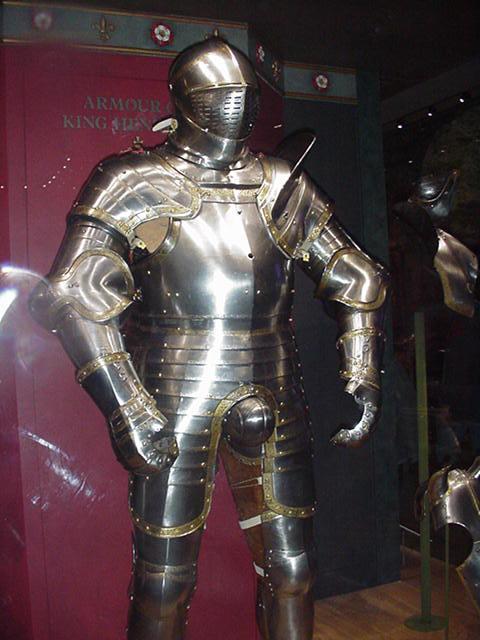 Henry+VIII+armour.jpg.JPG