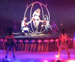 Britney, shown alku