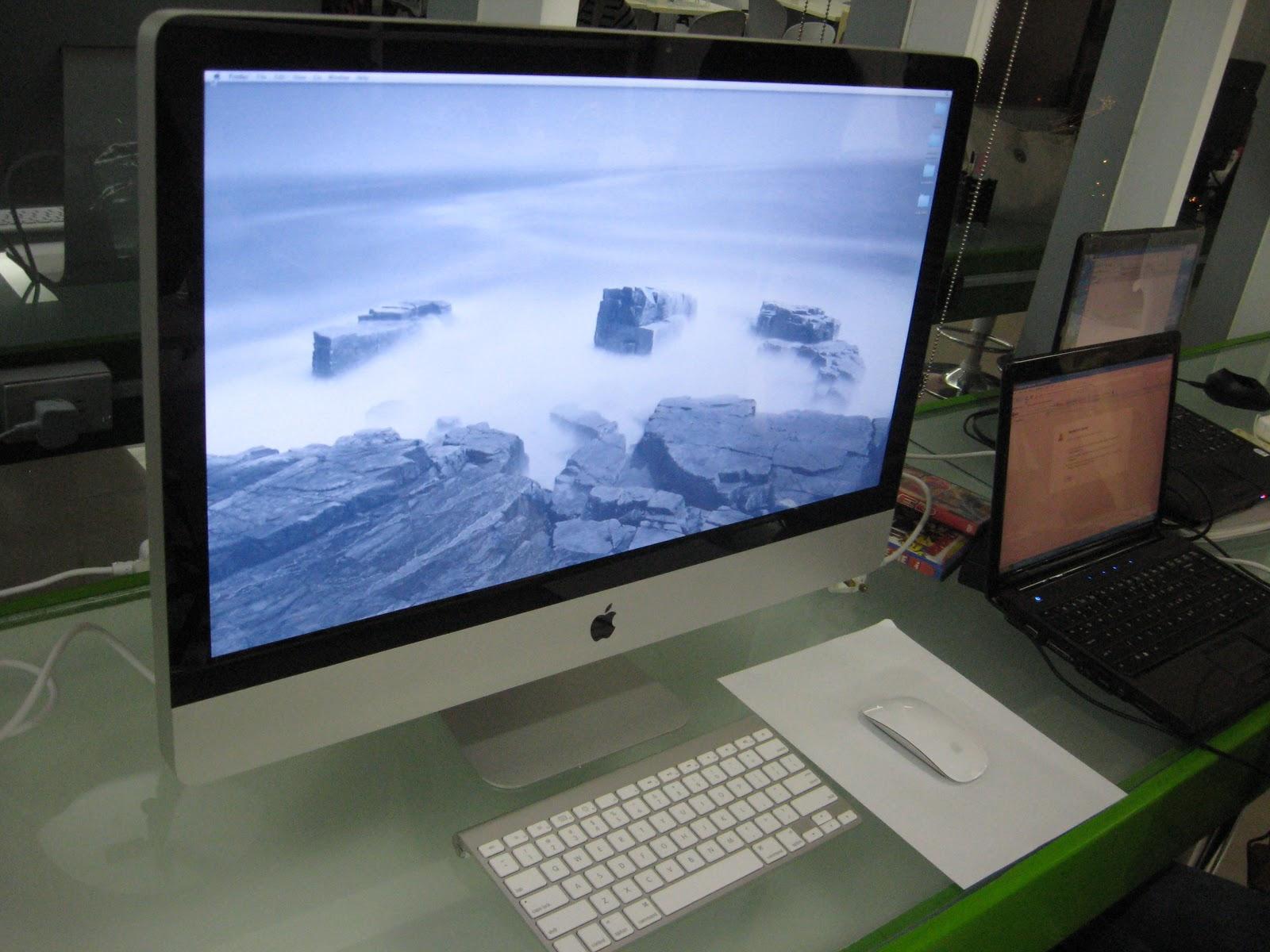 http://3.bp.blogspot.com/_wL9ajgZj6Jo/TQlreiYy28I/AAAAAAAAAwo/ii5HOGfExro/s1600/iMac%2Bfront.jpg