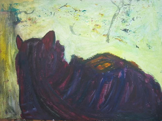 Gata de espaldas mirando el lienzo de la pintora