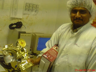 Winner Swarish with prize clock.