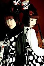 Na noite do 1º de Maio, depois do desfile, vá vêr e ouvir as Kokusyocu Sumire (Violetas Negras)