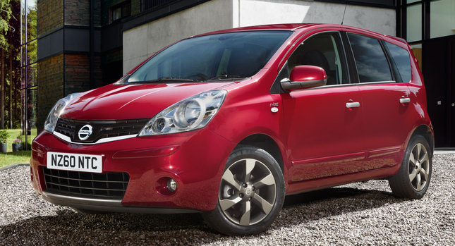 Nissan Note Black. Jazz Notes-rival Nissan has