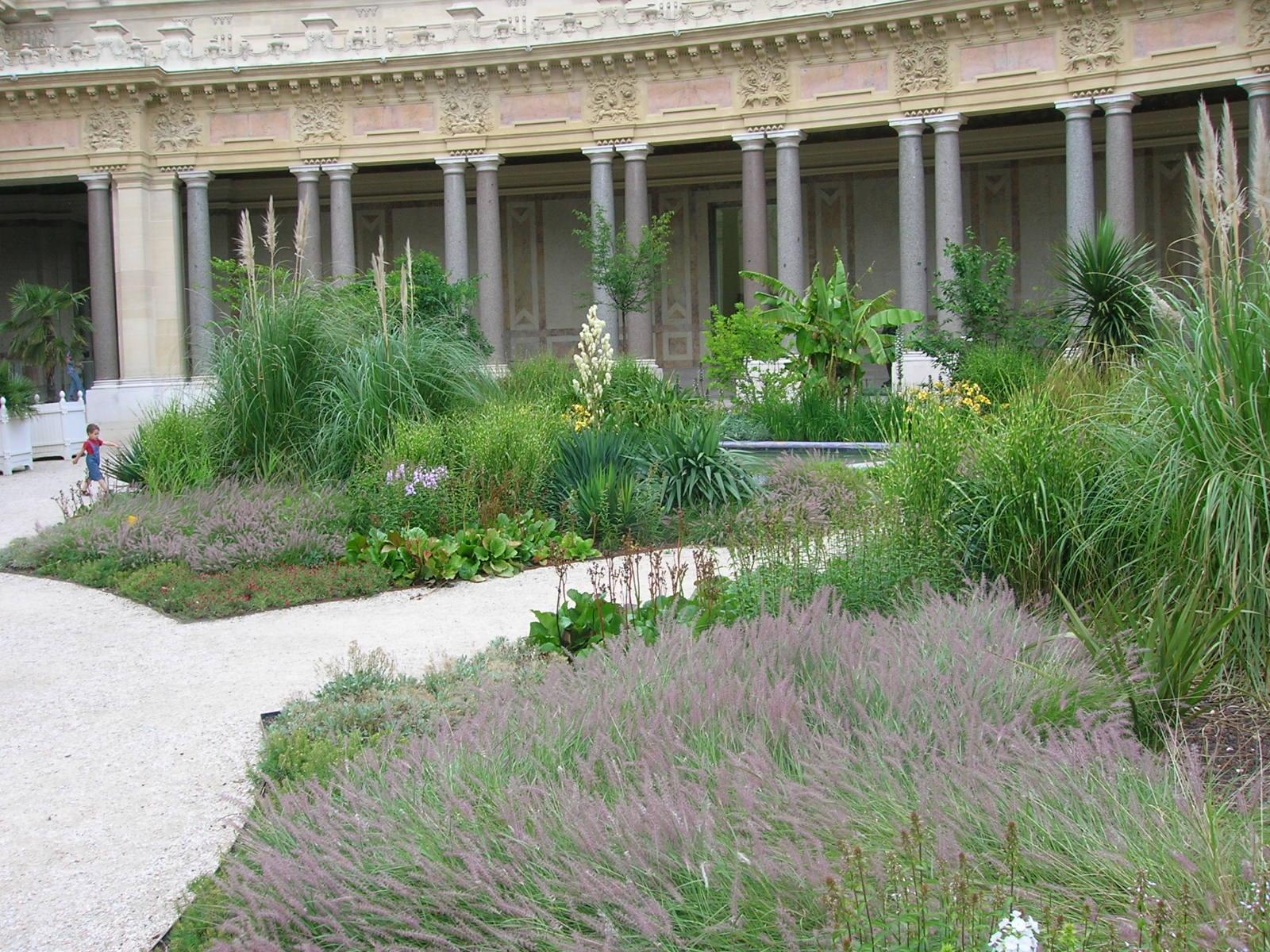 La f erailleuse le jardin du petit palais paris - Petit jardin tijuana paris ...