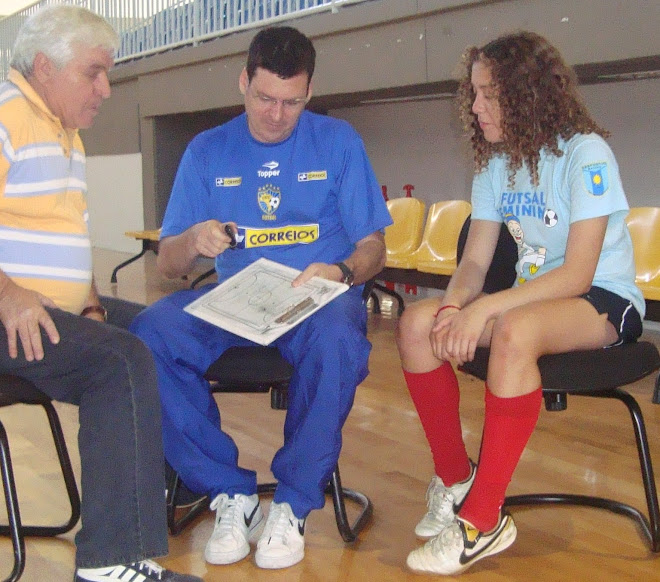 FUTSAL TIPS  : top  Shoes for top Best Performance