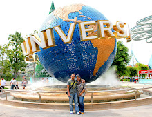 UNIVERSAL STUDIOS SINGAPORE - DEC 2010