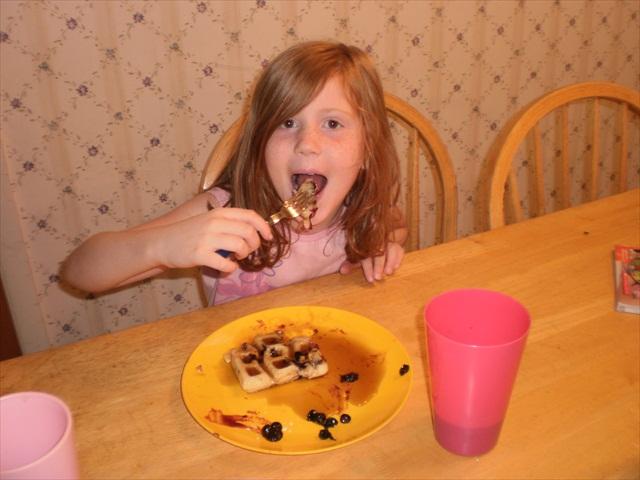 zoe kazan wiki. lue waffles disease wiki. lue