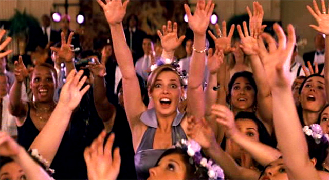 Katherine Heigl en una imagen de la película 27 Vestidos