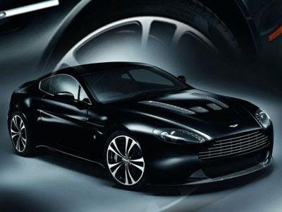 Aston Martin V12 Vantage White. The Aston Martin V12 Vantage