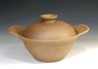 Judith Motzkin - bread pot