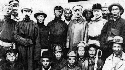 Барон Унгерний цэргүүд ч, 1932 оны босогчид ч, Халимагийн морин хорооныхон  ...