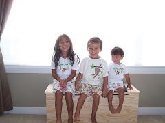 Our Tres Monitos