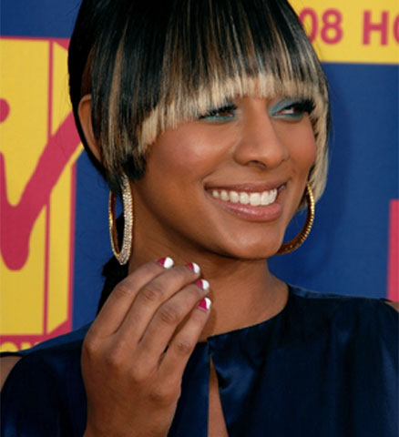 blonde highlights in an african american womans hair 4. Honey