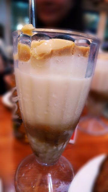 Razon's Halo-halo @ Manila, Phillippines