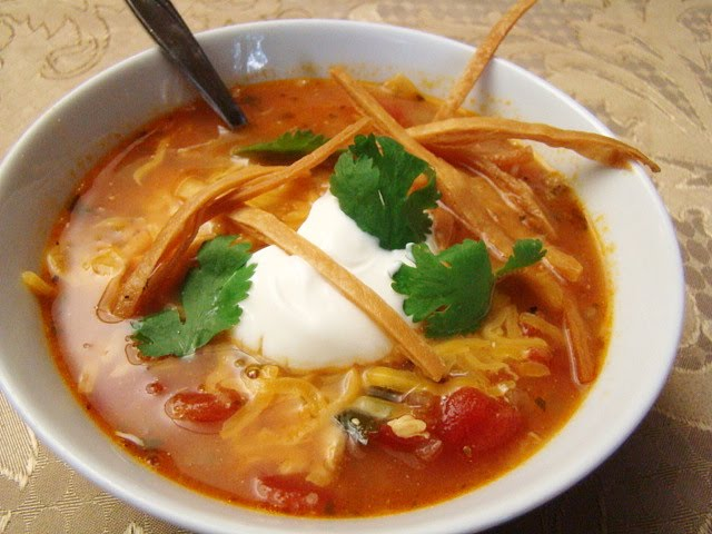 Krista's Kitchen: Chicken Tortilla Soup