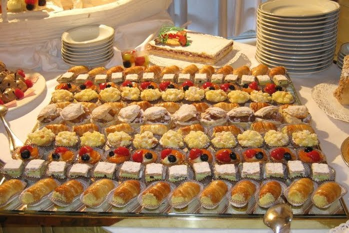 1000 images about party ideas on pinterest for Canape buffet menus