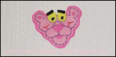 Broche pantera rosa fieltro
