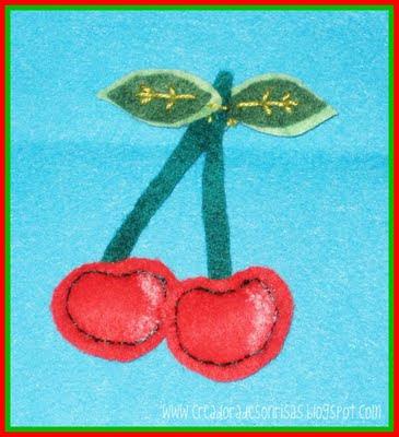 cerezas de fieltro