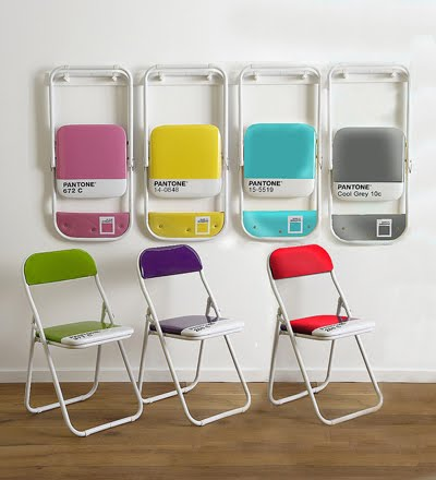 pantone branded folding chairs how about orange