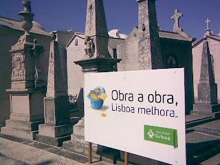 Cemitério - Clique para Aumentar