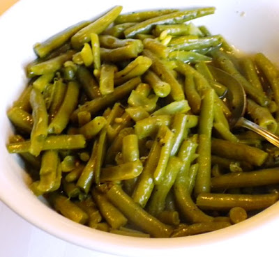 Pam's Midwest Kitchen Korner: My Simply Delicious Green Beans