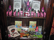 Rollergirl Display Shelf