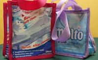 tas tangan plastik bekas industri rumahan