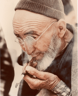 Old man with beard and glasses (Turkey) - Jonathon Blair
