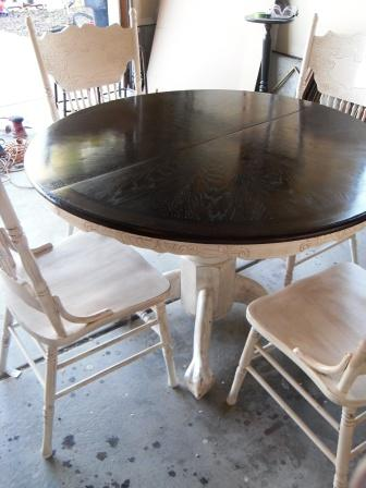 remodelaholic re stained and painted white oak pedestal table and chairs - Kitchen Oak Table
