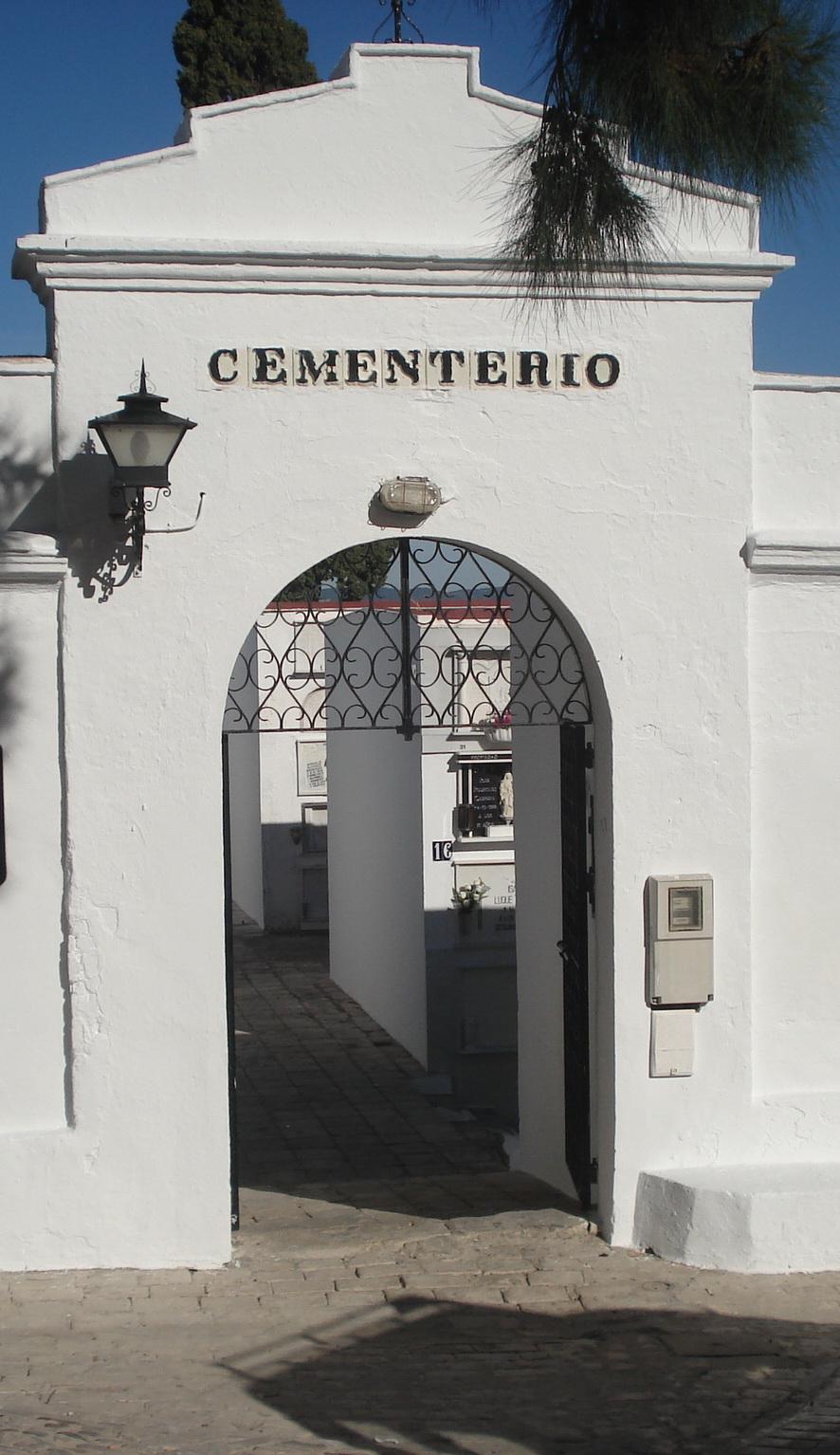 Alcal de los gazules octubre 2010 - Cementerio jardin alcala ...