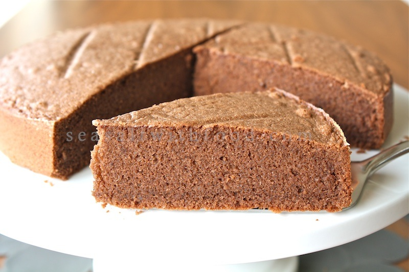 Seasaltwithfood: Chocolate Almond Cake