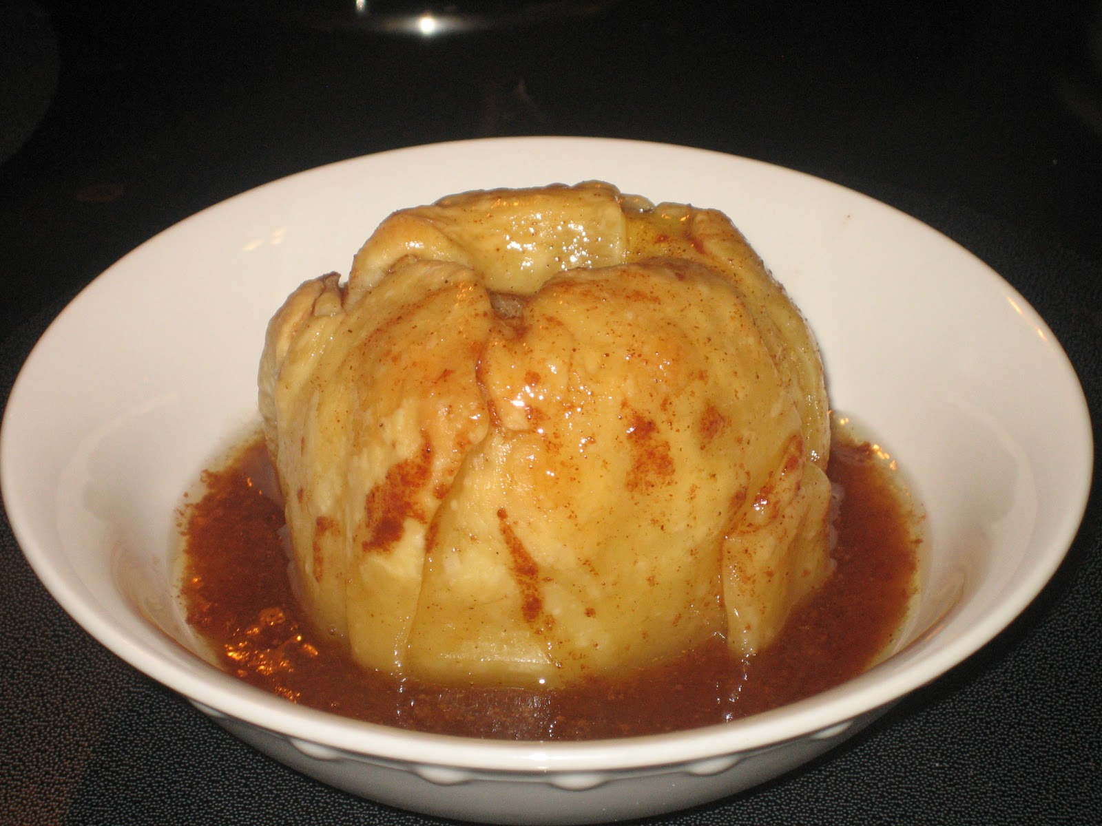 Home Cooked Happiness: Apple Dumplings